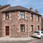 Property Image - 2 The Cross, Stonehaven, AB39 2JT